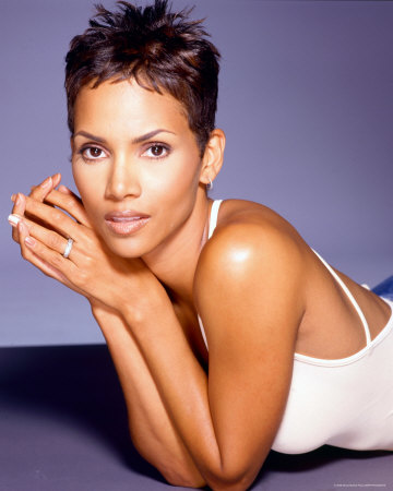 pics of halle berry hairstyles. Halle Berry Style Haircut