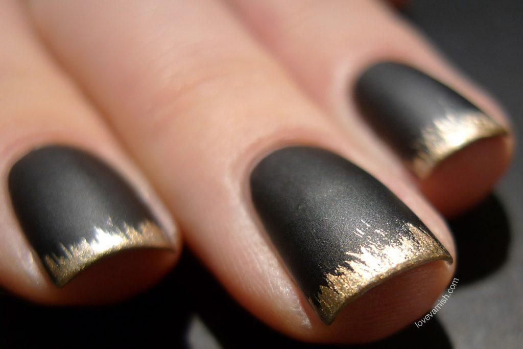 Black Nail Polish = The New French Manicure | soulfulbeauty.com