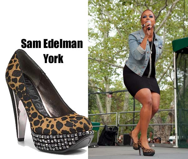 celeb-style-chrisette-michele-sings-out-loud-in-sam-edelman