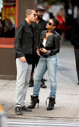 celeb-style-janet-jackson-gets-sassy-in-burberry-buckle-boots