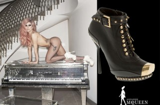 celeb-style-lady-gaga-creeps-and-crawls-in-alexander-mcqueen