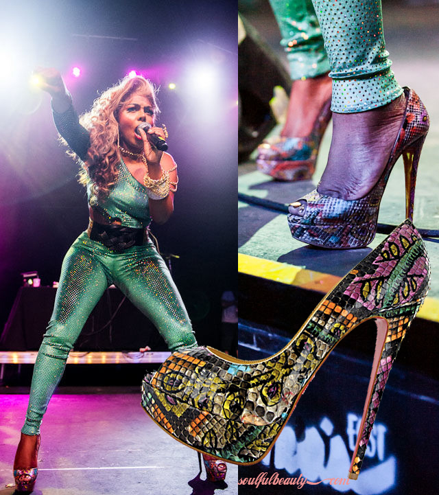 celeb-style-lil-kim-rocks-the-texas-stage-in-christian-louboutin-batik