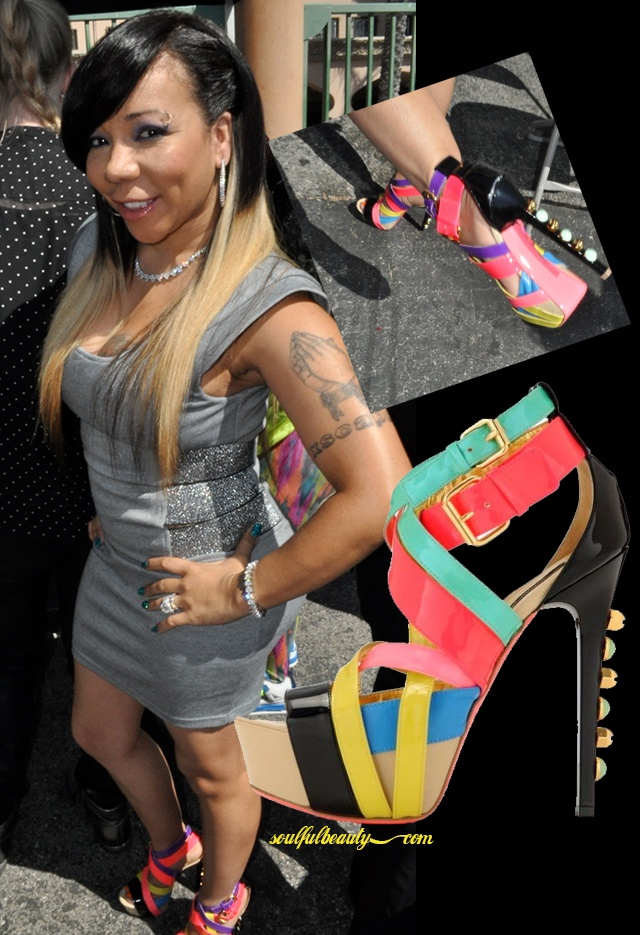 celeb-style-tameka-harris-on-the-bet-red-carpet-in-ruthie-davis