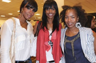 celebrity-hair-angela-bassett-ditches-straight-weave-and-goes-natural