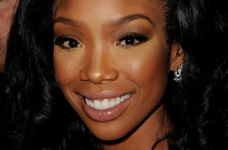 celebrity-hair-brandy-and-the-detectable-lacefront-hairline