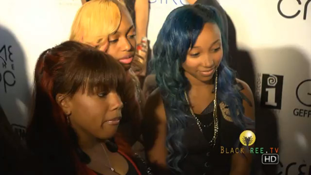 celebrity-hair-tiny-and-omg-girls-rock-colorful-weaves-at-bet-awards