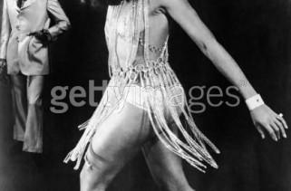flashing-back-tina-turner-in-chunky-chain-link-dress-1960
