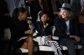 jada-and-willow-smith-do-front-row-for-emporio-armani-spring-2011