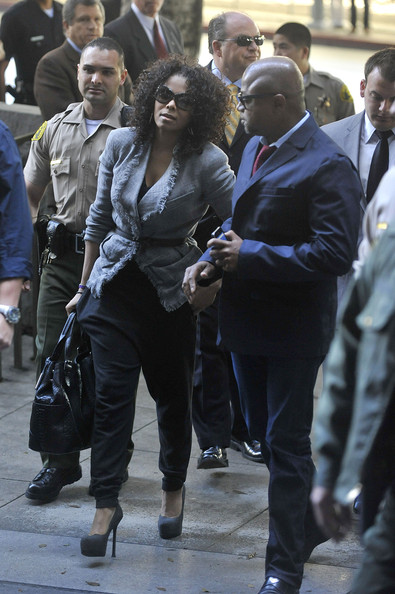 janet-jackson-in-sweat-pants-and-high-heels-the-next-big-thing
