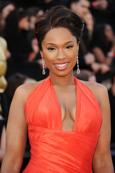 jennifer-hudson-red-hot-on-the-83rd-annual-academy-awards-red-carpet