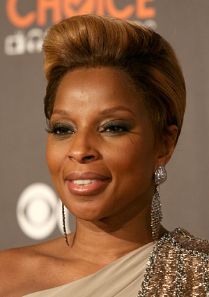 mary-j-blige-my-life-fragrance-launch-at-essence-festival