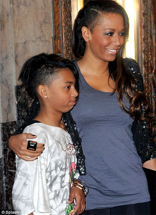 mel-b-and-daughter-phoenix-share-laughs-about-shaved-heads
