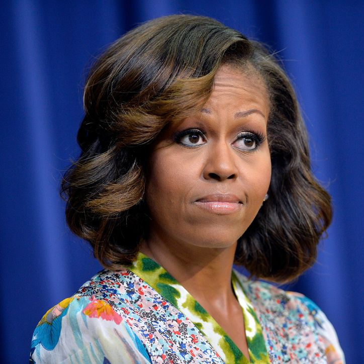 michelle-obama-highlights-hair-w724