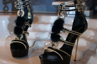shoe-glam-shoe-porn-shoe-fetish-is-it-all-the-same-or-very-different