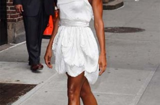 shoe-of-the-day-jada-pinkett-smith-in-transparent-sandals