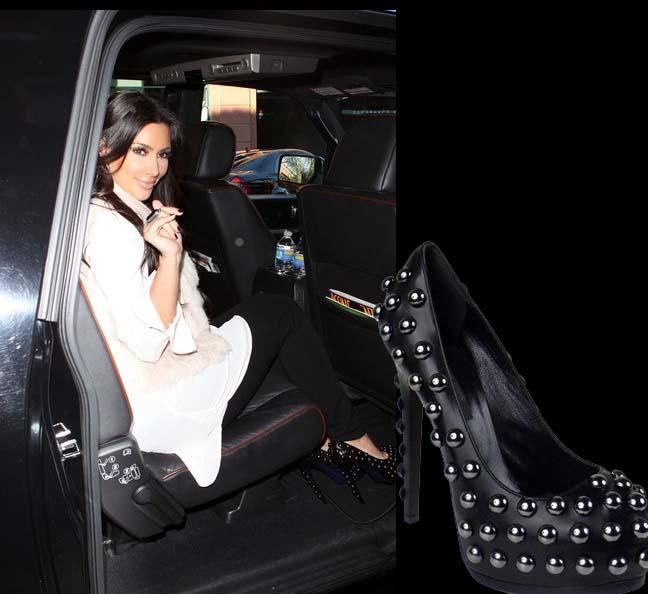 shoe-of-the-day-kim-kardashian-struts-in-ruthie-davis