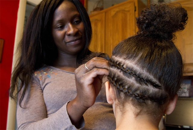 should-hair-braiders-be-required-to-take-licensed-cosmetology-courses