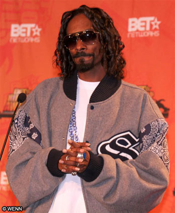 snoop-dogg-credits-italian-herritage-for-his-good-hair-and-skin