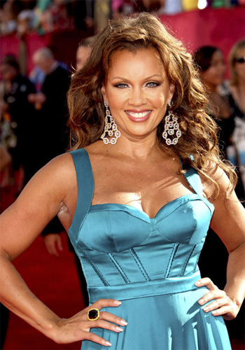 vanessa-williams-continues-to-praise-her-love-for-botox